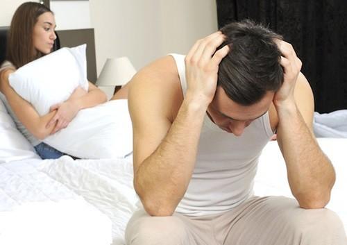 Sau phẫu thuật hẹp bao quy đầu, nam giới cần kiêng quan hệ tình dục khoảng 4 tuần