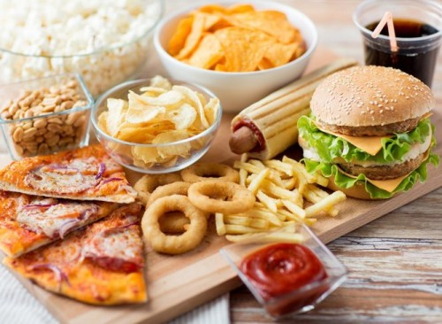Mất cân bằng về dinh dưỡng là một nguyên nhân gây suy giảm ham muốn ở nam giới