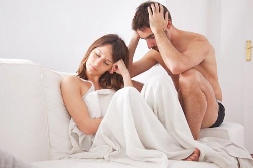 Tinh trùng yếu khiến nam giới khó có con