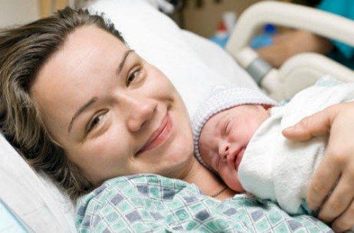 Trước tuổi 30, sức khỏe sinh sản của chị em ổn định nhất