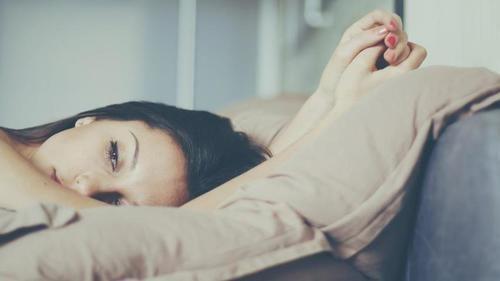 Viêm phụ khoa lâu ngày có chữa được không là thắc mắc của nhiều chị em