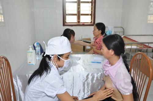 Chị em nên lựa chọn những cơ sở y tế chuyên về sản khoa để thăm khám