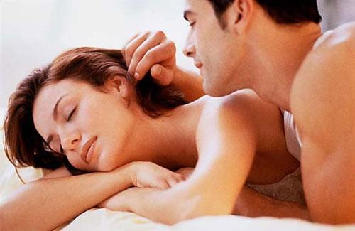Chú ý vệ sinh sạch sẽ vùng kín trước và sau khi quan hệ tình dục