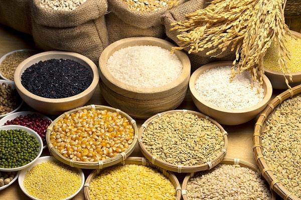 Muốn thai nhi tăng cân nhanh, mẹ nên bổ sung ngũ cốc và tinh bột mỗi ngày