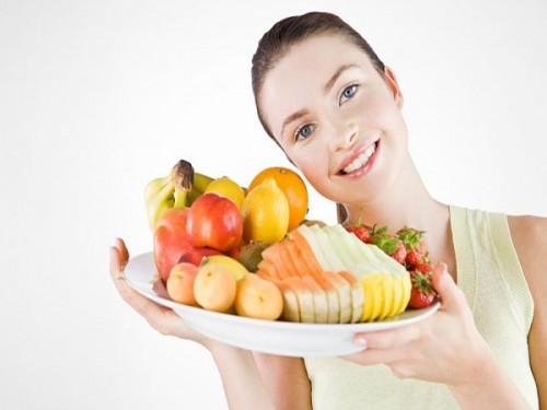 Một chế độ ăn uống khoa học, đủ chất dinh dưỡng sẽ giúp tăng cường hệ miễn dịch giúp phòng ngừa viêm âm đạo ở nữ giới