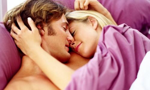Kiêng sinh hoạt tình dục trong 4 - 6 tuần đầu và kế hoạch mang thai sau 3 - 6 tháng