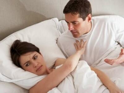 Tuy nhiên, nếu cảm thấy không thoải mái hoặc sức khỏe không cho phép, bạn nên dừng việc quan hệ tình dục lại để đảm bảo sức khỏe thai kỳ