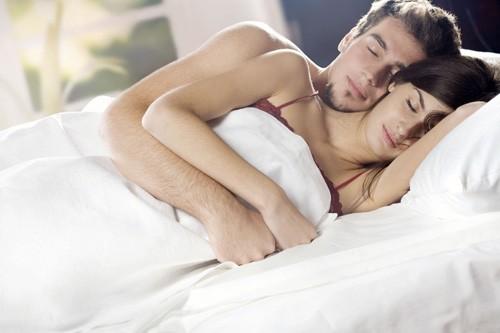 Mẹo hạn chế xuất tinh sớm trong quan hệ