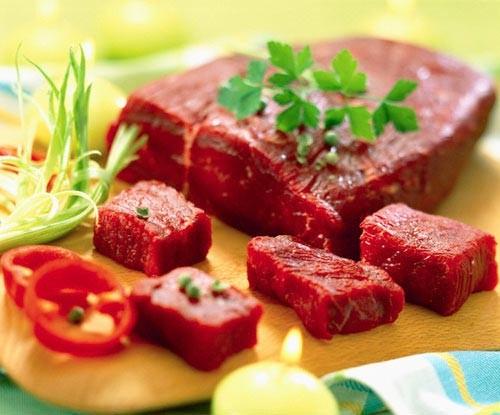 Thịt bò rất giàu sắt, tốt cho bạn trong ngày đèn đỏ
