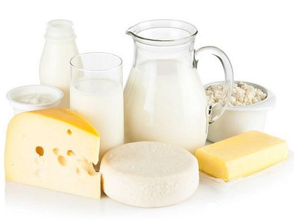 Sữa và các sản phẩm từ sữa là top thực phẩm giúp tăng khả năng thụ thai hàng đầu vì chúng cung cấp nguồn cung cấp canxi, protein và chất béo dồi dào cho cơ thể. Nếu muốn mang thai, tất nhiên bạn không thể bỏ qua thực phẩm chất lượng như vậy.