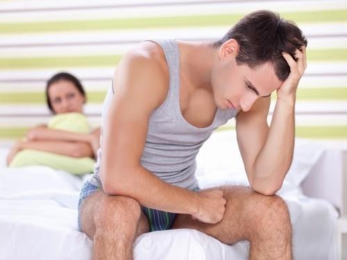 Gai sinh dục nam triệu chứng thế nào?