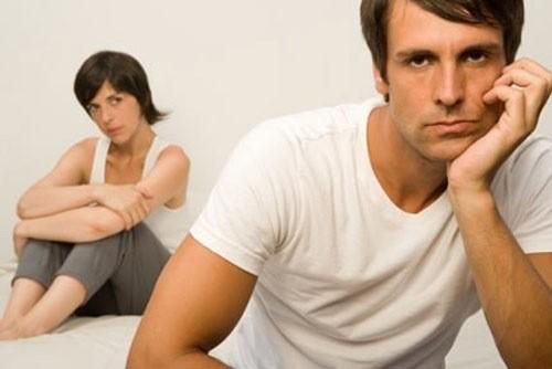 Bệnh hạ cam vùng kín gây ra cho các cặp vợ chồng nhiều khó chịu.
