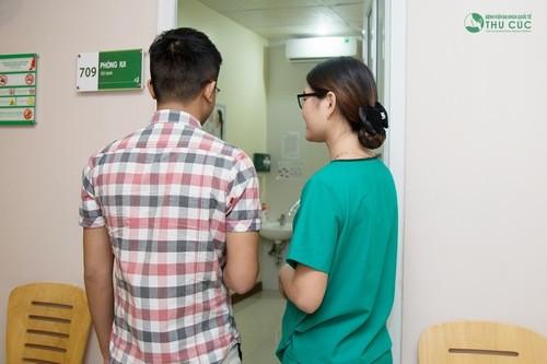 Ngay khi có những dấu hiệu bệnh hạ cam cần đi thăm khám, để được xử trí đúng cách