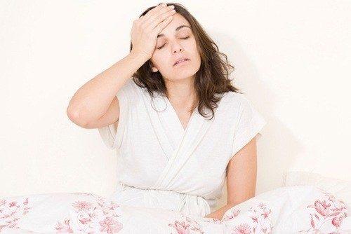 Đi tiểu buốt khi hành kinh khiến kỳ nguyệt san của chị em càng trở nên phiền toái, khó chịu.