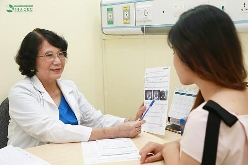 Đi khám phụ khoa để chẩn đoán và điều trị kịp thời.