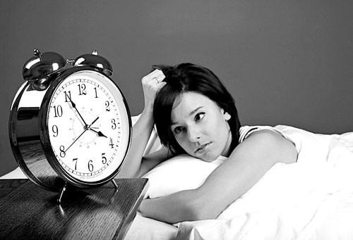 Tiểu nhiều ban đêm khiến chị em mất ngủ, giấc ngủ chập chờn