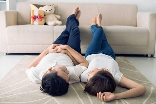 Cấy que tránh thai sau bao lâu được quan hệ?