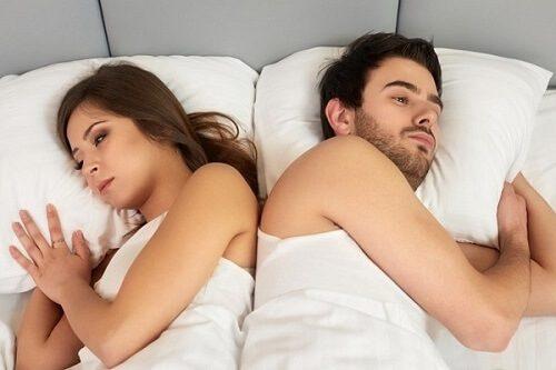 Một số loại thuốc có thể làm thay đổi mức sản xuất của các loại hormone khiến bạn nữ giảm ham muốn.