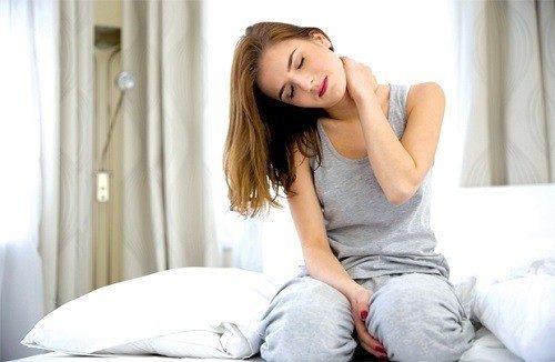 Khí hư màu trắng đục là một triệu chứng bất thường cảnh báo bệnh phụ khoa.