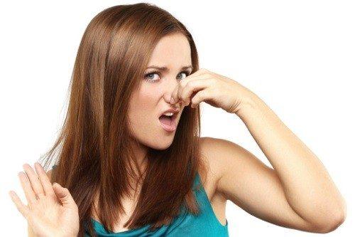 Kinh nguyệt có mùi hôi là bị sao?