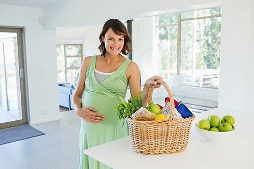 Dinh dưỡng giàu chất xơ tốt cho hệ tiêu hóa cần được mẹ bầu cung cấp đầy đủ.