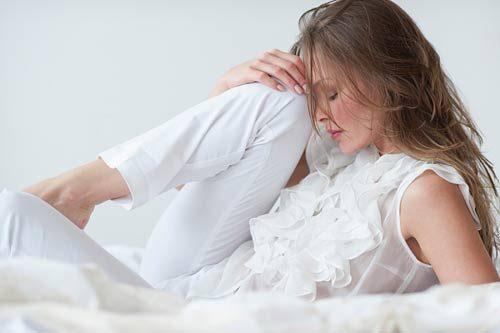 Viêm phần phụ là một bệnh viêm nhiễm phụ khoa thường gặp, ảnh hưởng sức khỏe và khả năng sinh sản của chị em.