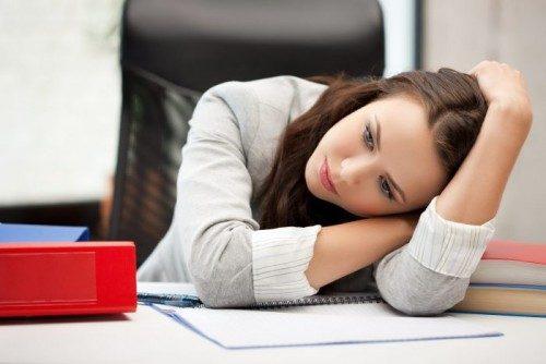 Stress kéo dài có thể là nguyên nhân dẫn đến bất thường trong kỳ kinh.