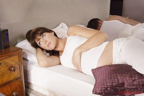 Mất ngủ khi mang thai và những điều cần biết