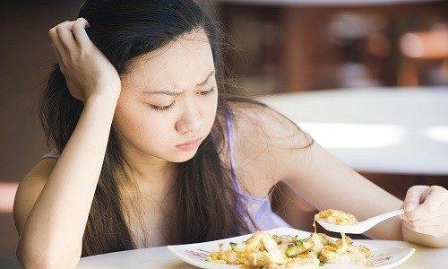 Mẹ bầu thiếu dinh dưỡng có biểu hiện gì?