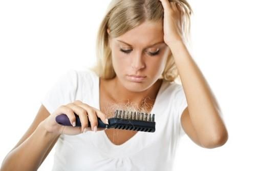 Rụng tóc khi mang thai là do đâu?