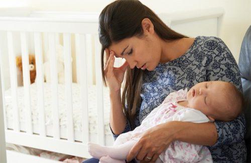 Trầm cảm sau sinh: Mẹ không thể chủ quan