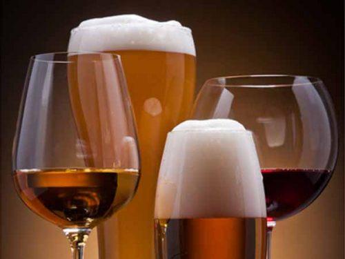 Không được uống bất kỳ loại đồ uống có cồn nào trong thai kỳ.