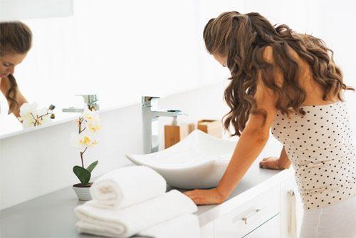 Tránh thai bằng cách thụt rửa âm đạo sau khi quan hệ là sai lầm.