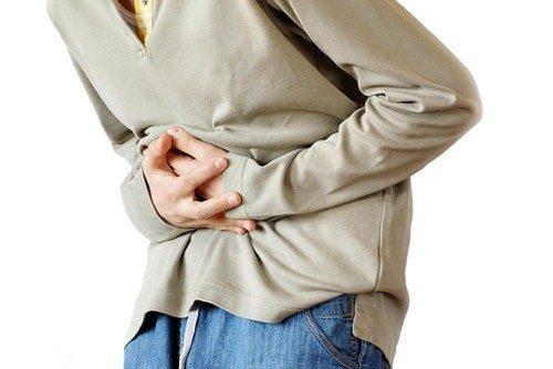 Người bệnh thường cảm thấy đau tức ở vùng bụng dưới.