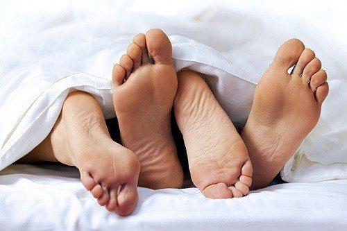 Viêm niệu đạo ở nam giới có quan hệ được không?