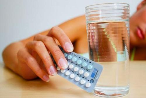 Những ai không được sử dụng thuốc tránh thai hàng ngày?