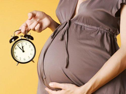 Các cơn gò tử cung là một dấu hiệu mẹ bầu sắp sinh.