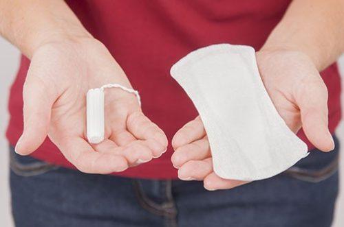 không phải bạn nữ nào cũng biết sử dụng băng vệ sinh đúng cách.