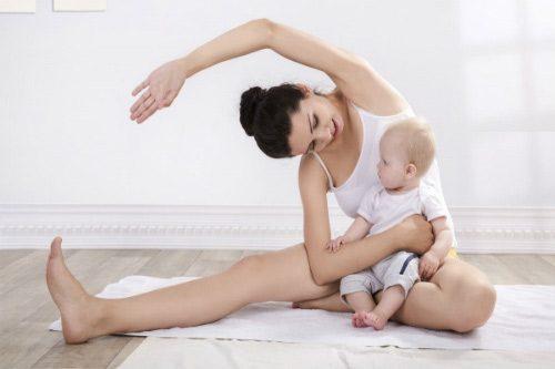 Dành thời gian tập luyện các bài tập thể dục nhẹ nhàng dành cho vùng cổ, gáy, vai để giảm các hiện tượng đau nhức.