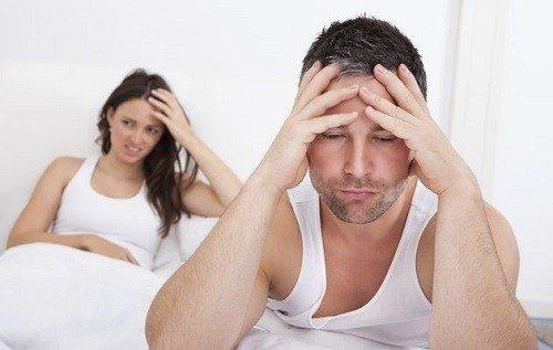 """Xuất tinh muộn khiến việc """"yêu"""" bị ảnh hưởng, nam giới cảm thấy tự ti."""