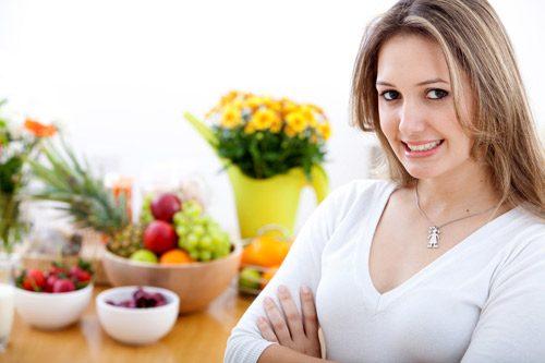 cung cấp vitamin và khoáng chất tốt cho người mắc buồng trứng đa nang giúp chị em cân bằng nội tiết tố, giảm mệt mỏi, khó chịu.