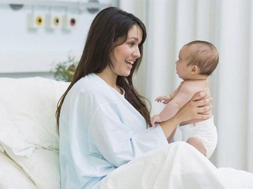 Sau sinh thường bao lâu thì hết sản dịch?