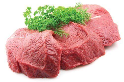 Sinh mổ ăn thịt bò để lấy lại khoáng chất và dinh dưỡng