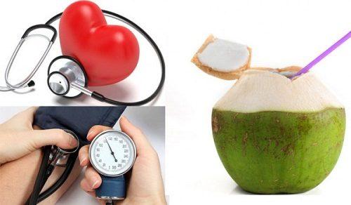 nƯỚC dừa giúp tăng cường miễn dịch cho mẹ và bé