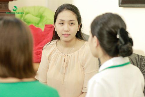 Kiểm tra sức khỏe sau sinh mổ cho mẹ