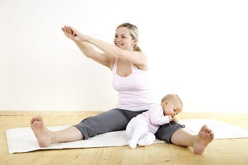 Muốn giảm cân sau sinh cần kết hợp nịt bụng với các yếu tố khác.