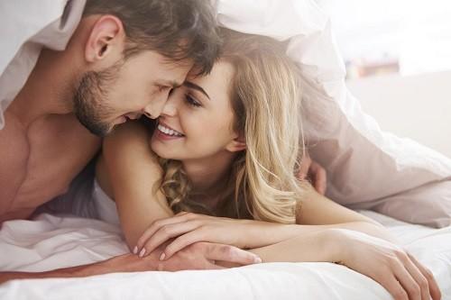 Sau sinh mổ quan hệ vợ chồng có được như trước không?